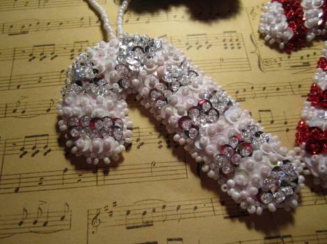 Beaded ornaments 013