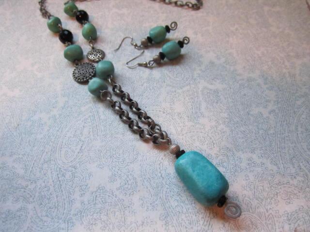 necklaces  Dec 2012 006